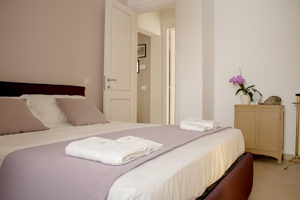 Pareti Camera Da Letto Rosa Antico : Suite tabacco alloro e lavando ti aspettano per un soggiorno